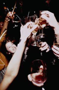 sylwester, szampan, pałac piorunów, kieliszki